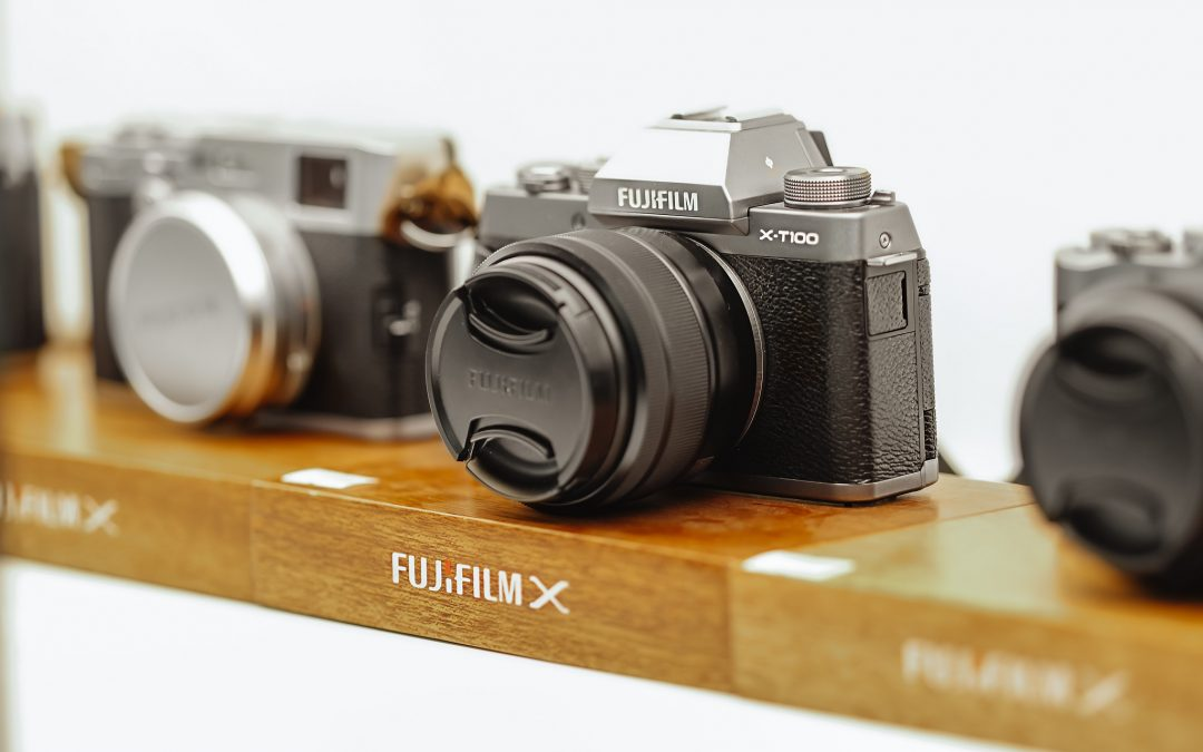 12 best cameras for under $500 (DSLR, mirrorless and compact camera options!)